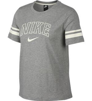 d83c9e6d4f Nike Pólók   Hervis HU
